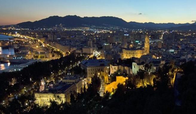 Andalusiens quirlige Metropolen wie Malaga, mit kultureller Vielfalt und viel Flair, Spanien