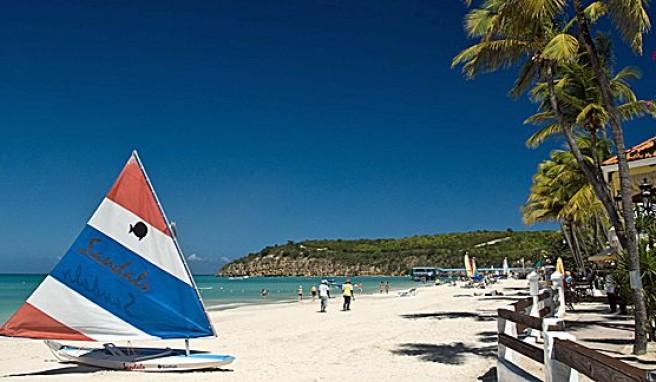 Antigua und Barbuda bieten einsame traumverlorene Strände mit Puderzuckersand