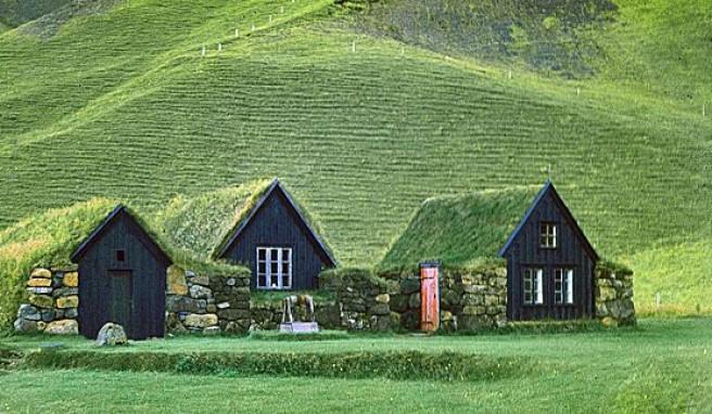 Island, die geheimnisvolle und traumverlore Insel unter dem weiten, hohen Himmel