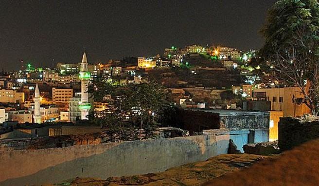 Amman, wie das ganze Jordanien  zwischen Postmoderne und Beduinenromantik