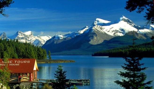 Natur pur am Maligne Lake im Jasper Nationalpark, Kanada