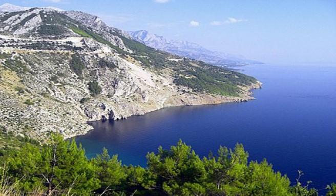 Die Adriaküste Dalmatiens mit über 1000 Inseln ist ein Urlaubsparadies in Kroatien