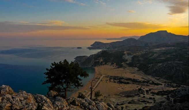 Die höchsten Erhebung auf Rhodos ist der Attaviros mit 1.215 m über dem Meeresspiegel.