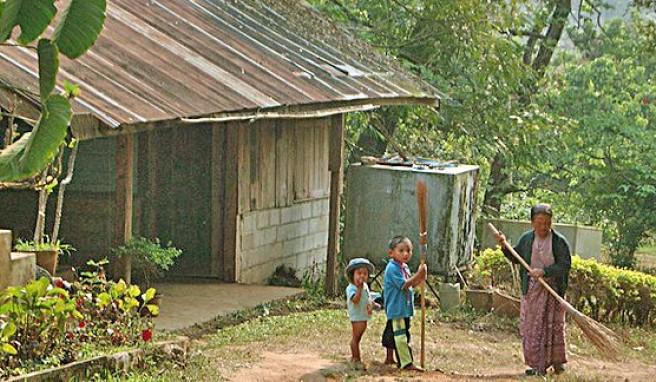 Hmong-Dorf in der Bergregion im Norden von Thailand