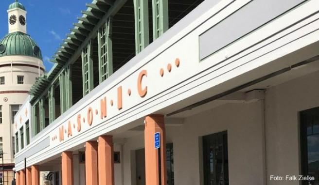 Die meisten Gebäude der neuseeländischen Stadt Napier sind im Art Deco Stil gebaut: Perfekte Kulisse für eine Reise in die Vergangenheit