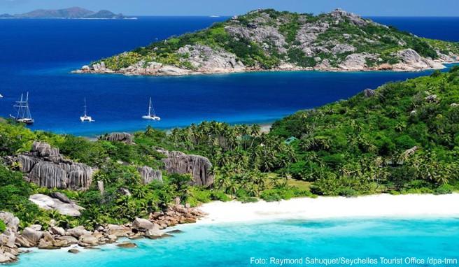 Die Seychellen bieten filmreife Strandkulissen - doch die Inselgruppe ist ein eher teures Reiseziel im Indischen Ozean