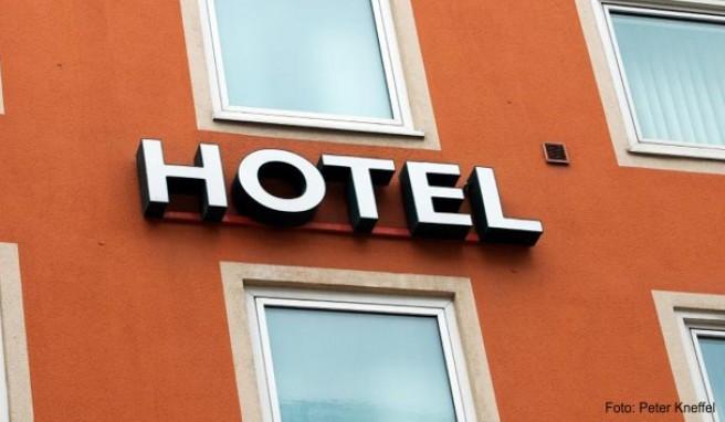 Die Beliebtheit der Buchungsportale wächst. Doch auch der Anteil der Direktbuchungen über hoteleigene Homepages steigt.