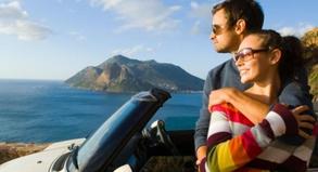 Wer früh bucht, hat meist Glück und bekommt sein Wunschauto - zum Beispiel ein Cabrio