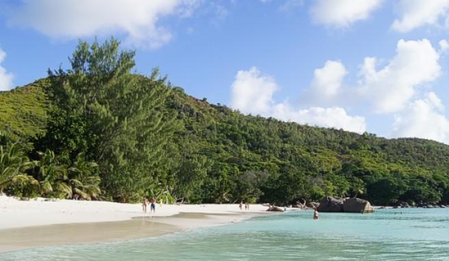 Die Anse Lazio auf der Seychellen-Insel Praslín gilt als schönster Strand der Welt