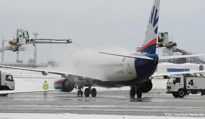 Bei einer Flugverzögerung wegen einer Enteisung steht Passagieren eine Entschädigung zu