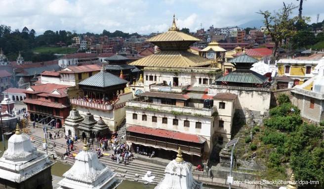 Beliebtes Touristenziel: Im Tempelkomplex Pashupatinath richtete das Erbeben wenig Schaden an - andere Heiligtümer kamen weniger glimpflich davon