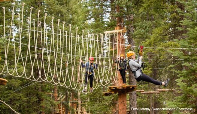 Am Snowmass Mountain gibt es unter anderem eine Zipline-Baumwipfeltour und einen Hochseilparcours