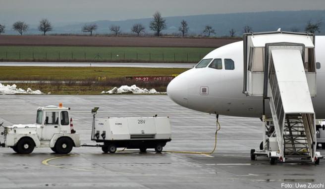 Platzt wegen eines Fremdkörpers auf der Starbahn der Reifen, kann sich die Airline nicht auf außergewöhnliche Umstände berufen