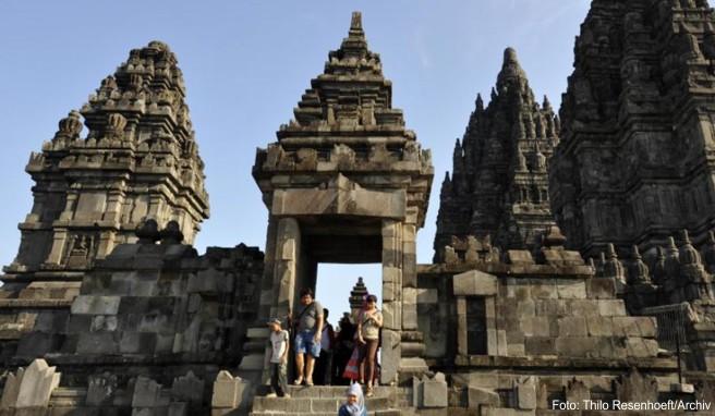 Touristen, die sich länger als 30 Tage in Indonesien aufhalten wollen, beantragen am besten gleich bei Einreise ein 60 Tage Visum
