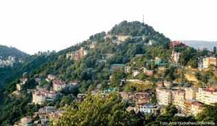 Blick auf Shimla, die einstige »Summer Capital of West-India«