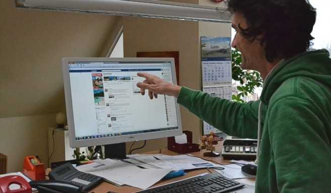 Ein weiterer Einblick in den Verlags-Alltag: Zu den Aufgaben eines Redakteurs oder auch eines Medienkaufmanns Digital und Print (so heißt heute der Beruf des Verlagskaufmann) gehört heutzutage auch die Pflege der Facebook-Seiten.