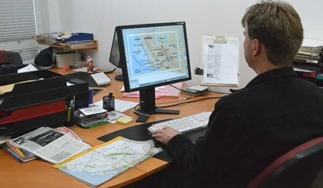 Hier arbeitet unsere Grafik-Abteilung gerade an einer Landkarte, die im Kanada-Bericht platziert werden soll.