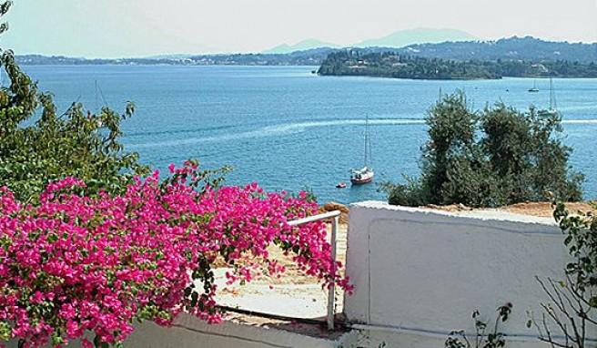 Korfu Grune Schonheit Im Ionischen Meer