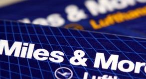 Miles & More Kreditkarte der Lufthansa - Die Entwertung der Flugmeilen war nicht rechtens, urteilte das Gericht im sogenannten Vielflieger-Prozess.
