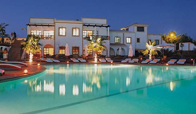 traumhotels europas die 20 sch nsten ferienhotels. Black Bedroom Furniture Sets. Home Design Ideas
