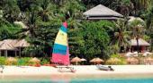 Pansea Beach ist eine der schönsten Buchten Phukets. Doch nicht jeder hat Zugang zu diesem Strand.